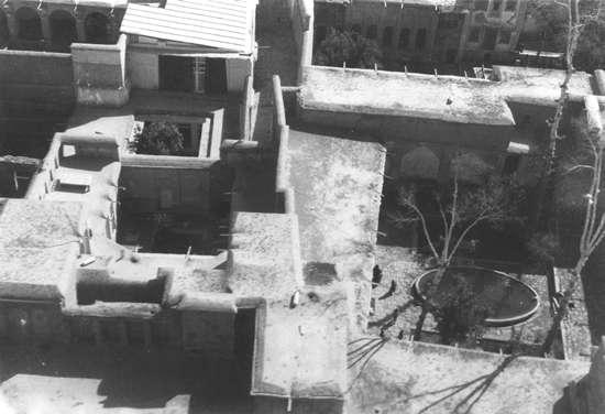 lmbabs~08m~maison-bab-shiraz[1]